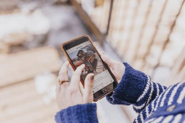 Demandez à vos abonnés d'arrêter le défilement en écrivant des légendes Instagram engageantes!